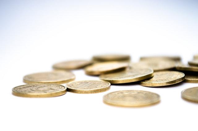 drobné zlaté mince