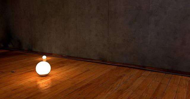 Hřejivá a měkká dřevěná podlaha