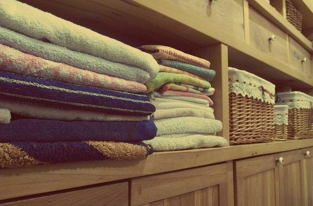 Skříň s ručníky